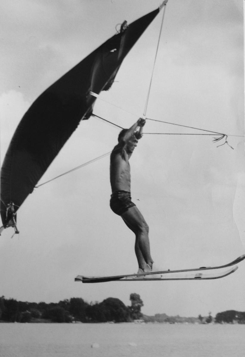 Jon Broderick kite flying at Clark Lake.  Courtesy: Ella Sharp Museum