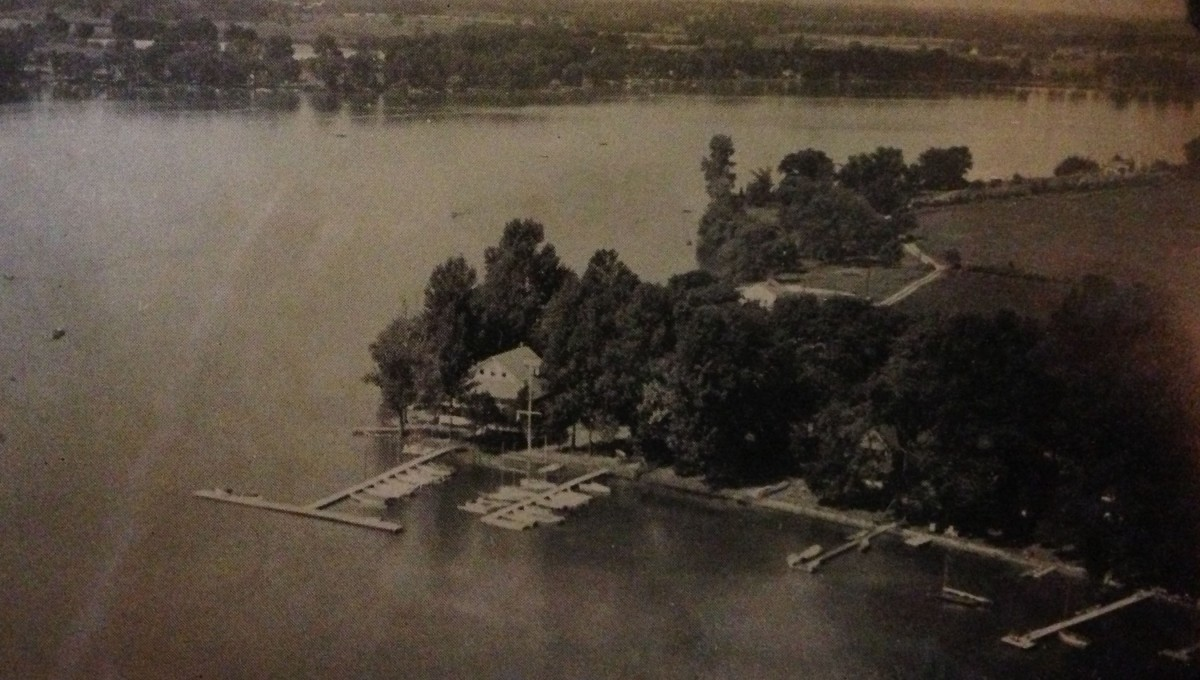 Photo taken from the air of Kentucky Point when used by the Yacht Club,