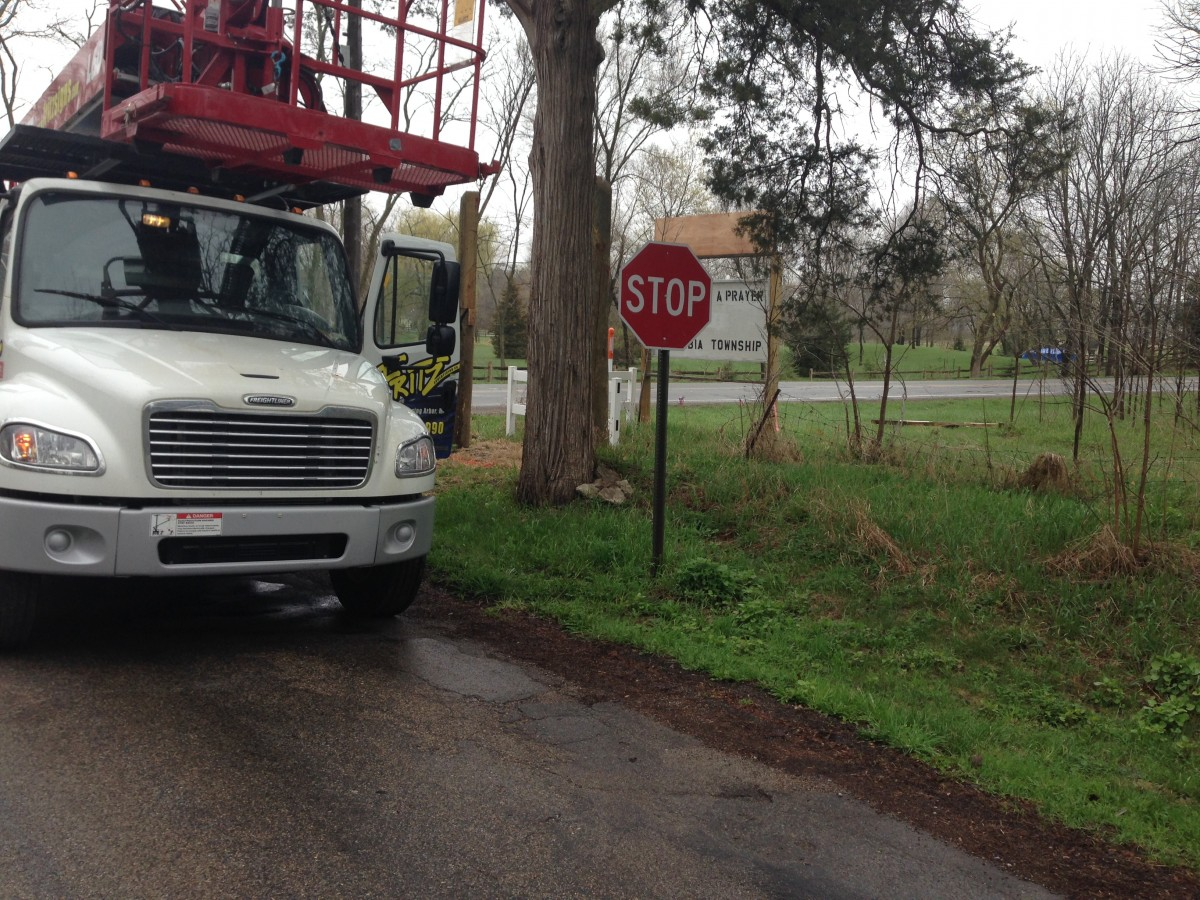 This morning (4/29), a crew took down the sign.  According to one of them, the sign will be refurbished.