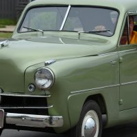 1952 Crosley - notice the propeller on the front grill