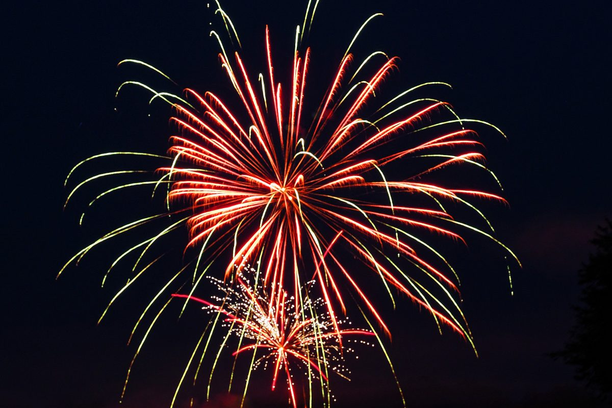 Pink Boom Fireworks Pictures to Pin on Pinterest - ThePinsta - photo#36