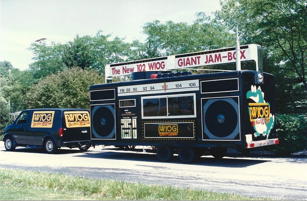 Free Money Van and Jam Box0001