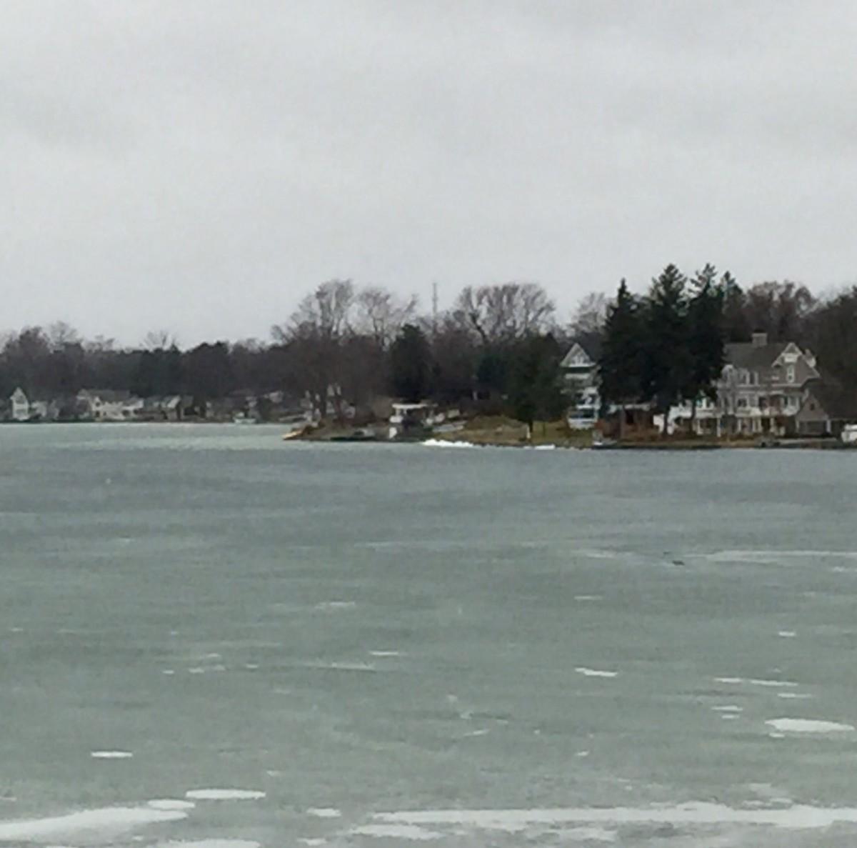 04-ice against N. shore